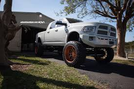 100 Heavy Duty Truck Wheels Lifted Ram 2500 On Rose Gold Meets A Horse Autoevolution