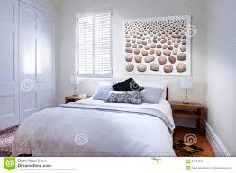 schlafzimmer bett kunst stockbild bild decke plüsch