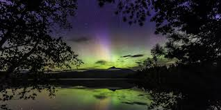 How to See and Capture the Northern Lights over Mt Washington