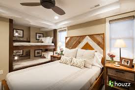 Mountain Style Guest Bedroom Photo In Other With Beige Walls