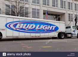 Bud Light Beer Stock Photos & Bud Light Beer Stock Images - Alamy Bud Light Beer Truck Parked And Ready For Loading Next To The Involved In Tempe Crash Youtube Dimension Hackney Beverage Popville The Cheering Bud Light Was Loud Trailer Skin Ats Mods American Simulator Find A Gold Can Win Super Bowl Tickets Life Ball Park Presents Dads Rock June 18th Eagle Raceway Austin Johan Ejermark Flickr Lil Jon Prefers Orange Other Revelations From Bud Light 122 Gamesmodsnet Fs17 Cnc Fs15 Ets 2 Metal On Trailer Truck Simulator Intertional