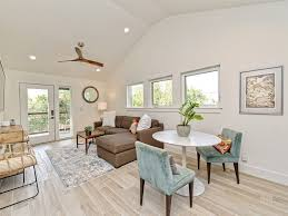 100 Living In A Garage Apartment Central Ustin Live Like A Local In This Stylish Partment Rosedale