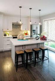 cuisine avec ilot central et coin repas amenagement ilot central cuisine galerie avec cuisine avec