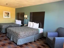 Sofa Mart San Antonio by Days Inn San Antonio Near Fiesta Pa Tx Booking Com