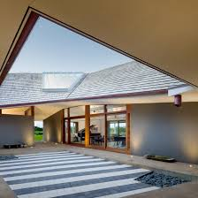 100 Johnston Architects Massive Roof Spans Four Parts Of Hawaiian Home By Marklee