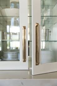 Kitchen Cabinet Hardware Ideas by Best 25 Cabinet Hardware Ideas On Pinterest Kitchen Hardware