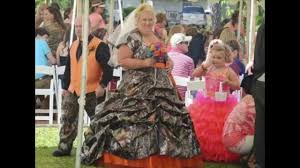 here is the bride wearing the most ugly wedding dresses ever