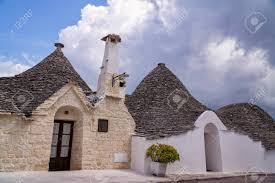 100 Beautiful White Houses The Architecture Of Alberobello In Southern Italy With Its Beautiful White Houses And Conical Roofs