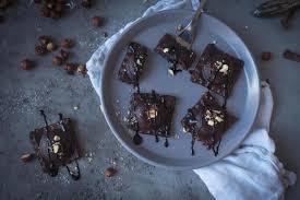 schokoladenravioli mit nuss dattel füllung