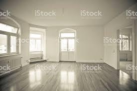 leere wohnzimmer mit einem loft vintage schwarz und weiß stockfoto und mehr bilder abstrakt