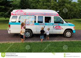 Kids At The Neighborhood Ice Cream Truck Editorial Photography ...