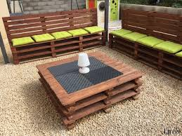 fabriquer canapé d angle en palette comment faire un salon de jardin en palettes les créations de circée