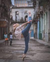ballet dancers in the streets of cuba u2013 fubiz media