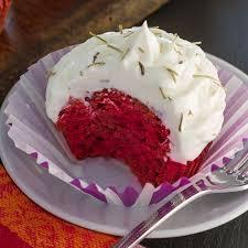 rote beete velvet cupcakes