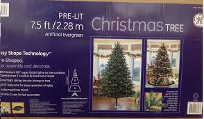 Amazon Christmas Tree Pre Lit 75 Ft 228m Artifical Evergreen Home Kitchen