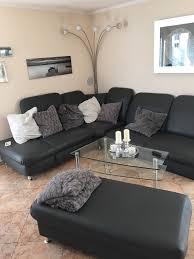 komplettes wohnzimmer schrank sofa tisch in 86368 gersthofen