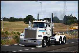 Mack Trucks: Mack Trucks Superliner