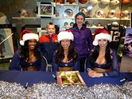 Christmas Tree Shop Foxboro Ma by Patriots Cheerleaders Kikco New England Patriots
