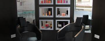 Nashjack Uni Hair & Beauty Salon in RT Nagar Bangalore