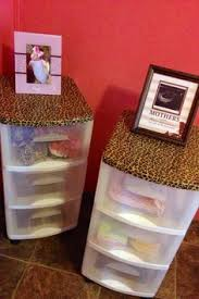 Leopard Bathroom Decorating Ideas by Diy Leopard Print Wall Leopards Walls And Printing