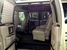 2006 Chevy Express High Top Conversion Van Only 64000 Miles US 1690000