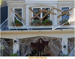 Scary Halloween Props For Haunted House by Best 25 Scary Halloween Yard Ideas On Pinterest Scary Halloween