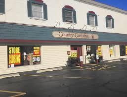 country curtains closing after 15 years in downtown naperville