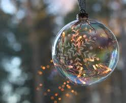 You Can Have Your Very Own Glorious Christmas Tree That Everyone Will Envy By Doing One Simple Thing Use Some Beautiful Glass Ornaments
