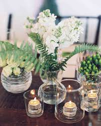 Table arrangements for your wedding in classic whites and creams