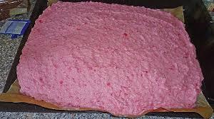 sommerlicher rote grütze kuchen