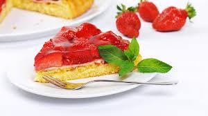 schnell und einfach erdbeerkuchen mit pudding