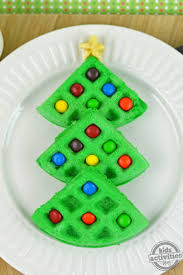 Making Christmas Tree Preservative by Christmas Tree Waffles
