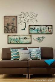 Brown Living Room Decorating Ideas by Best 25 Brown Couch Decor Ideas On Pinterest Brown Decor