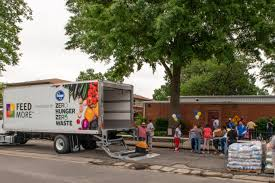 100 Truck Stores Mobile Food Pantry Food Distribution For Families FeedMore