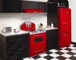 Red Flat Glazed Polyethylene Kitchen Cabinet Black Modern Wall Metal Handle Pull Hood White Countertop