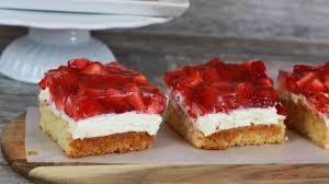 erdbeerschnitten mit quarkcreme erdbeertorte erdbeer schnitten erdbeer kuchen