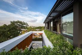 100 Wallflower Architecture Rhythmic Timber Louvres Line Namly View House In Singapore