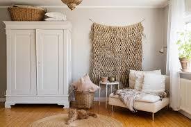 gemütliches wohnzimmer im boho stil in buy image