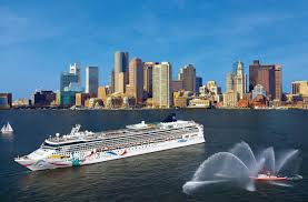 Cruise Ship Sinking 2016 by Ncl Cruise Ship Crewman Dies In Lifeboat Accident In Bermuda