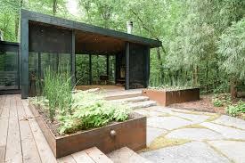 100 Cedar Street Studios Porch Garden Arrowhead