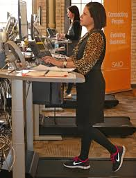 Calories Burned Standing At My Desk by Is A Standing Desk Good For You Facts About Standing Desks
