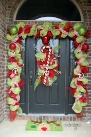 Whoville Christmas Tree Ornaments by 169 Best Christmas Outdoor Decorations Images On Pinterest