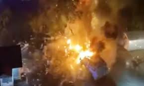 100 Propane Truck Explosion Shocking Footage Shows Moment Food Truck Explodes In Texas