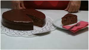 rotweinkuchen backen und mit kuvertüre überziehen