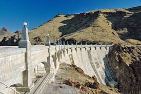federal bureau of reclamation owyhee dam in malheur county is one of the larger concrete arch