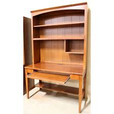 Ethan Allen Secretary Desk With Hutch by Ethan Allen Writing Desk W Hutch Upscale Consignment