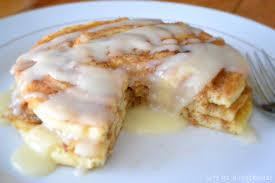 Bisquick Pumpkin Puff Pancakes by Cinnamon Roll Pancakes