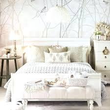 deco tapisserie chambre adulte idee deco tapisserie les 25 meilleures idaces de la catacgorie idee