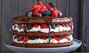 cake mit mascarpone zartbitterschokolade und beeren