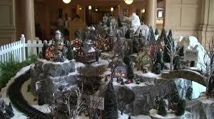 Disneys Yacht Club Holiday Train Set And Christmas Tree 2011 Walt Disney World